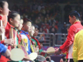 国乒集结再做公益 刘国梁转型教导两学霸新徒弟