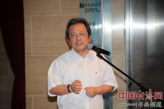 冯远委员:建议普及农村青年高中教育