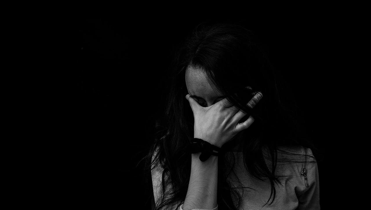 抑郁症患者:身处孤独与黑暗中到底有多痛苦?