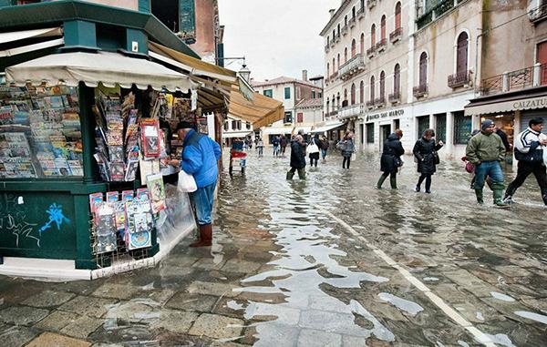 """水城""""威尼斯被淹"""