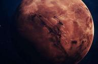 首次探测到卫星喷出的蒸气